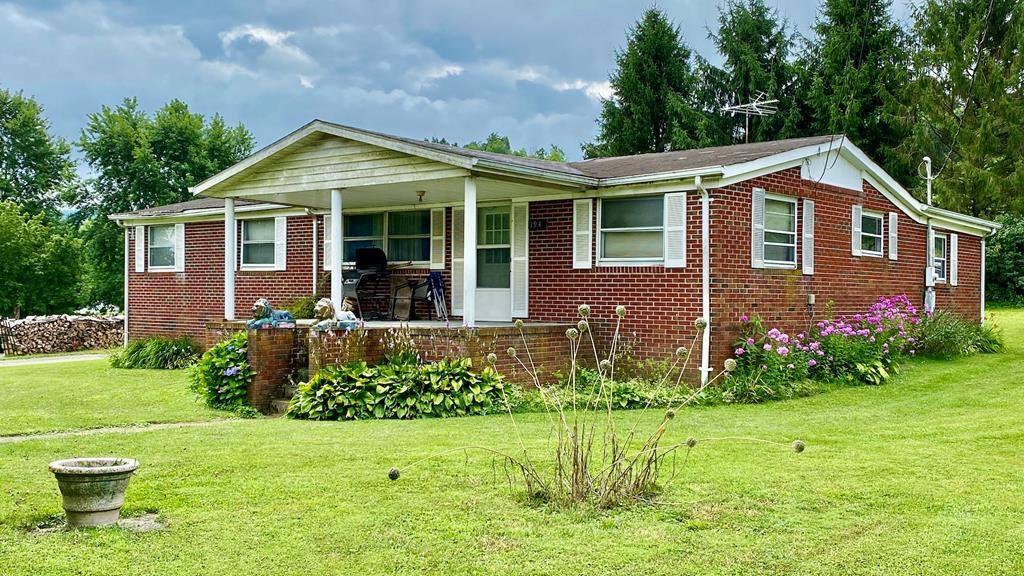 194 Rolling Hills Drive, Marion, VA 24354