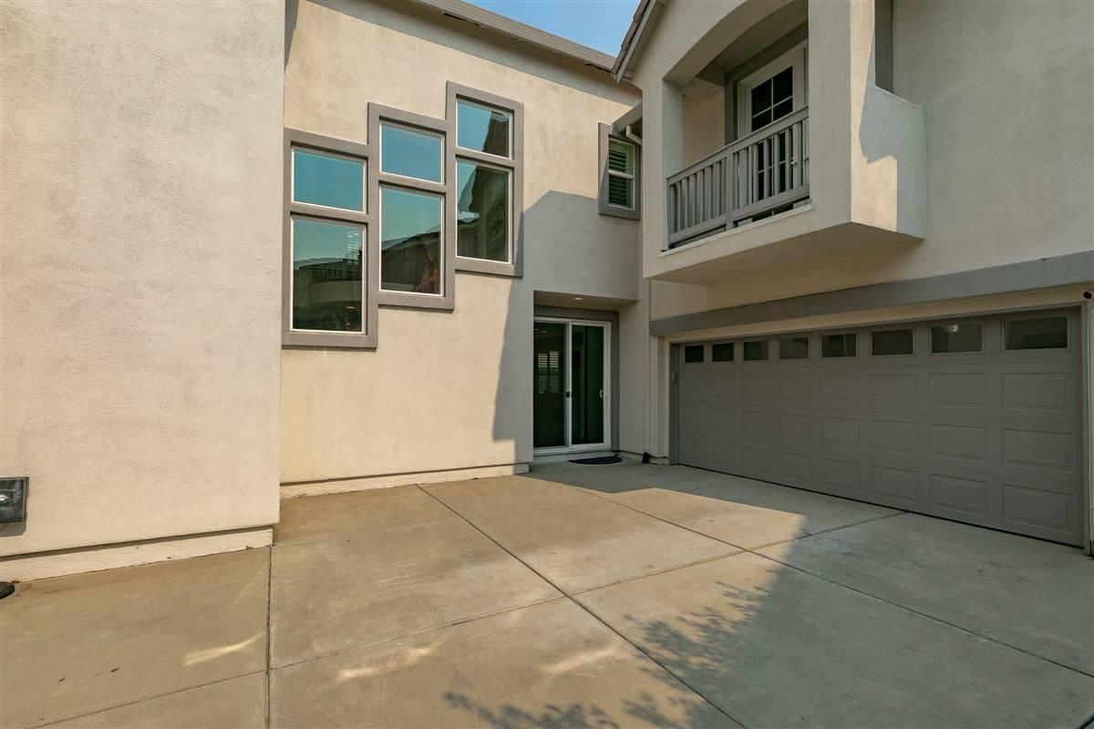 1085 Mullinger Lane, Lincoln, CA 95648