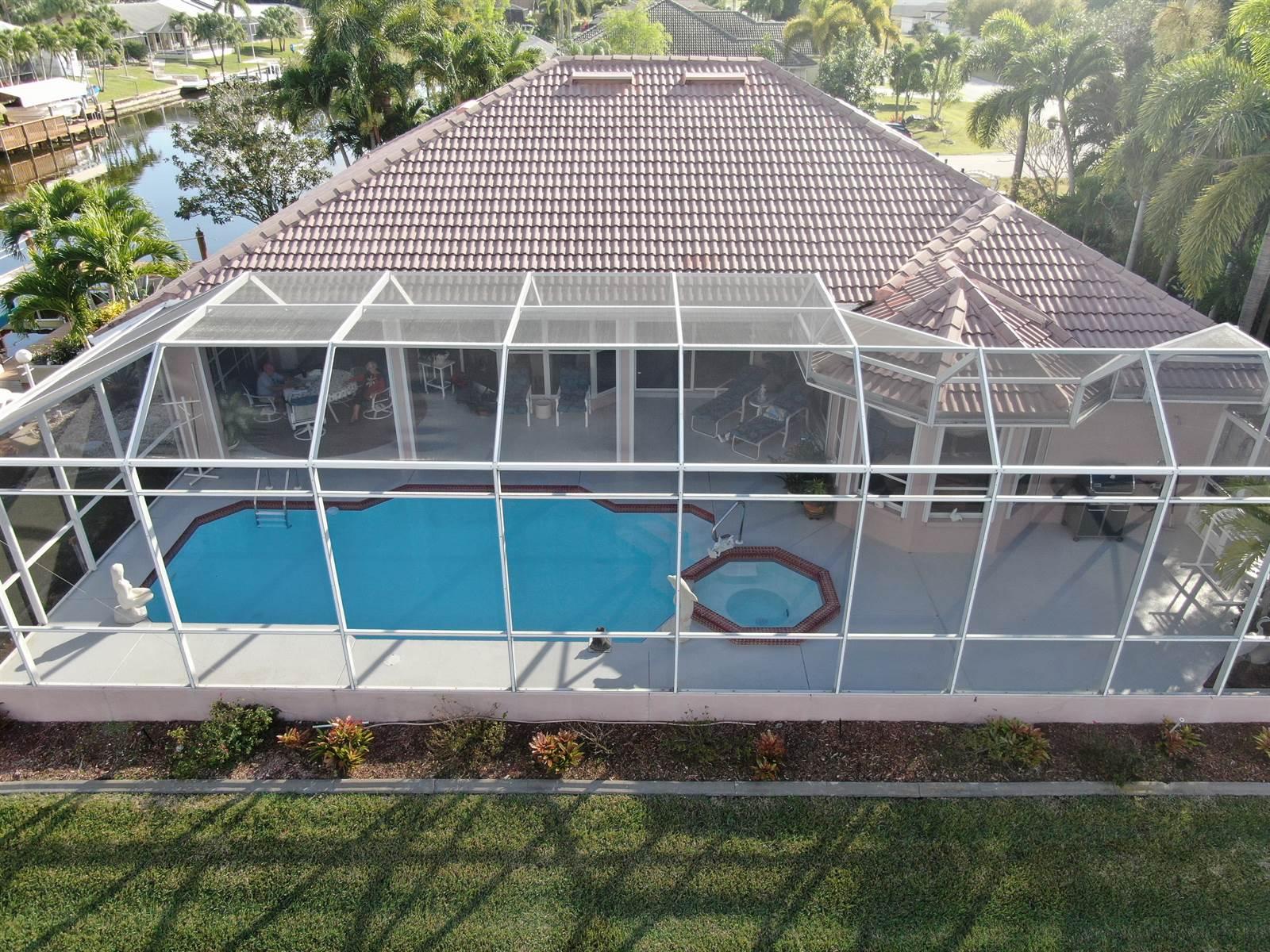 419 SE 33rd Terrace, Cape Coral, FL 33904