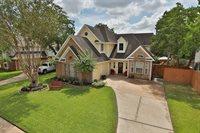 11307 Churchill Way Circle, Houston, TX 77065