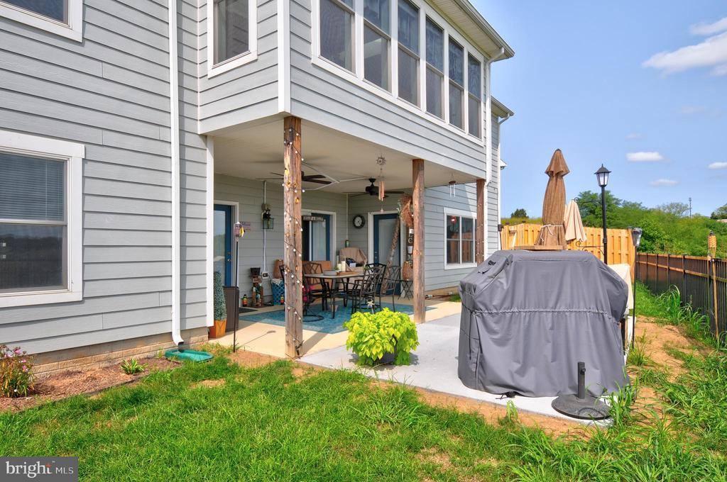 128 Signal Knob Cottage Drive, Strasburg, VA 22657