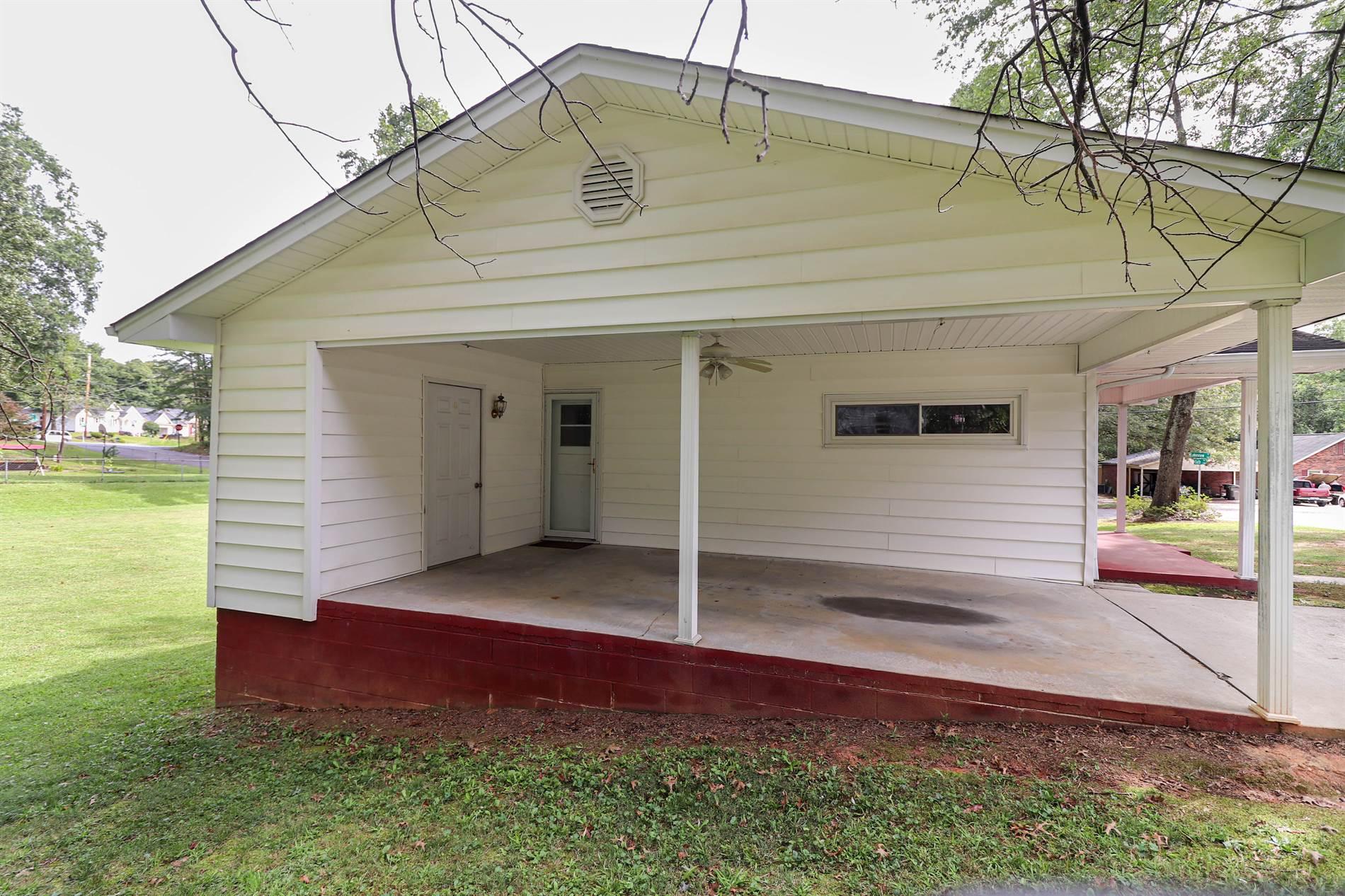 2102 W 6th Avenue, Gastonia, NC 28052