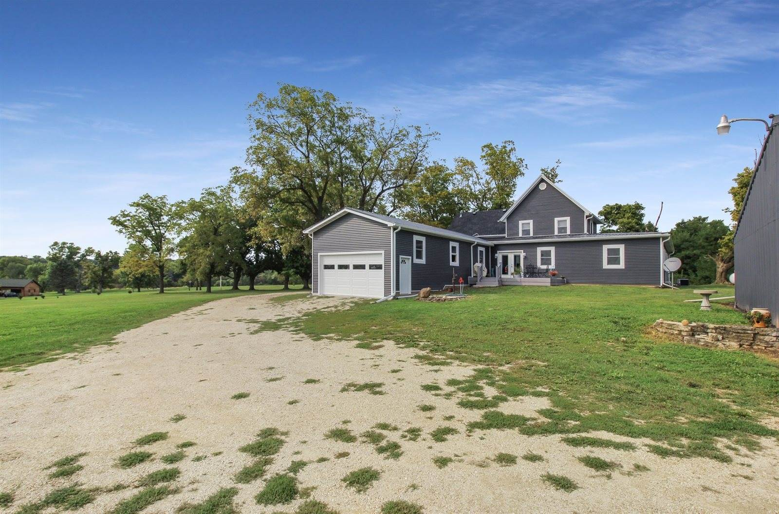14958 Trask Bridge, Pecatonica, IL 61063