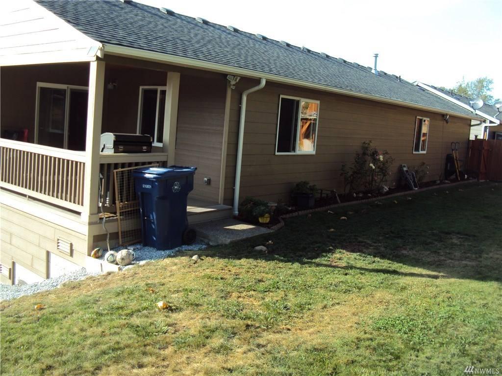 302 Jeff St, Mount Vernon, WA 98274