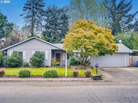 6830 Angus Way, Gladstone, OR 97027