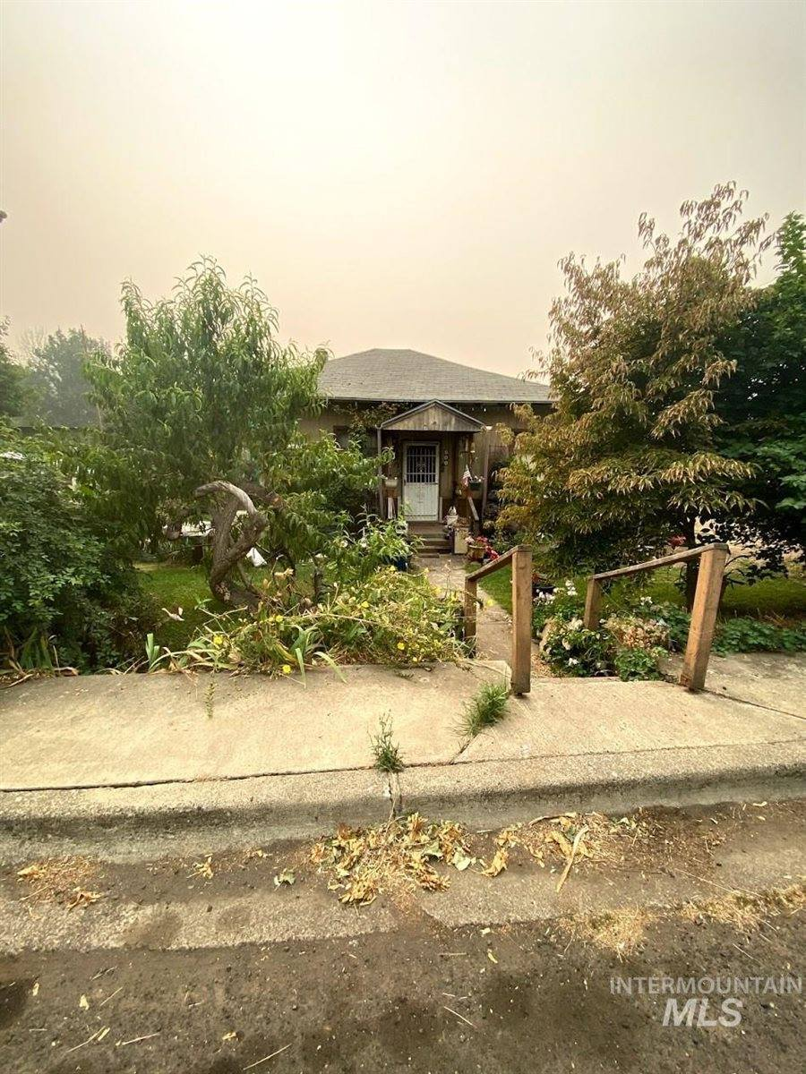 800 Culdesac Ave, Culdesac, ID 83524
