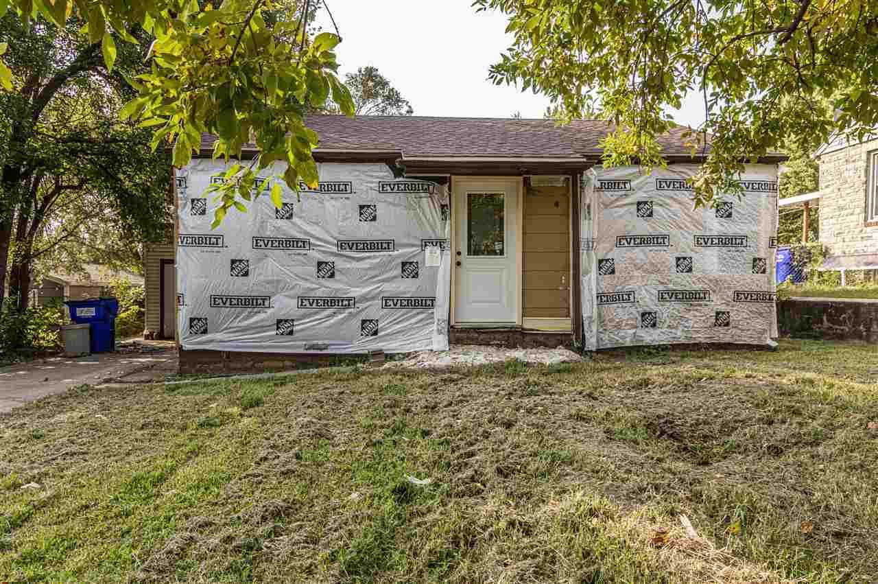 535 W Ash Street, Junction City, KS 66441