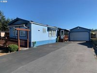 2945 Knott Terrace, Coos Bay, OR 97420