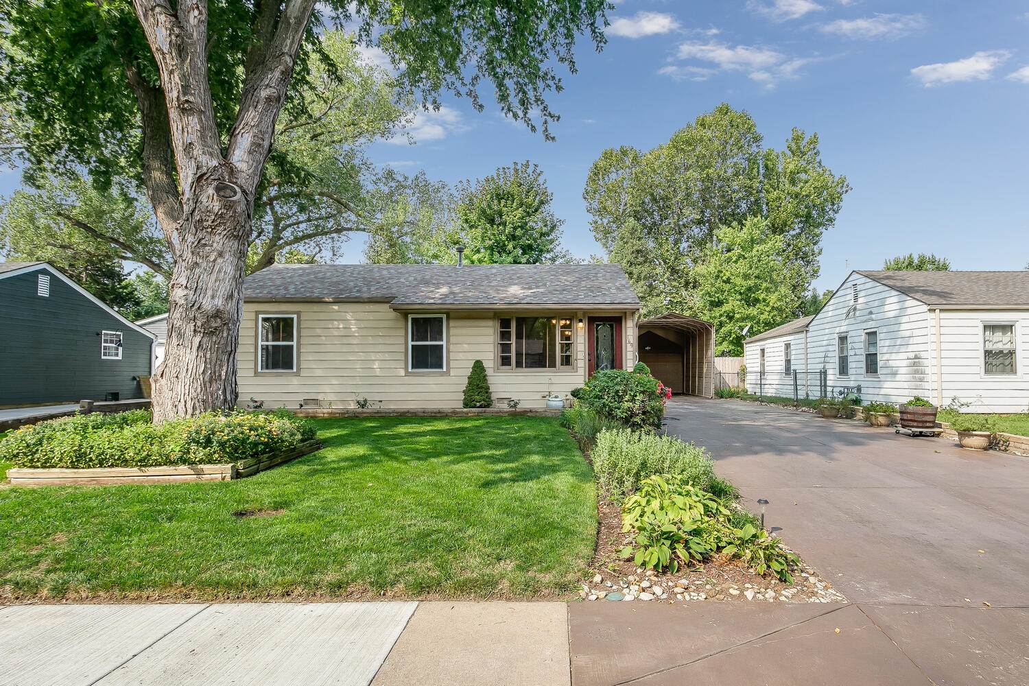 169 German Ave, Haysville, KS 67060