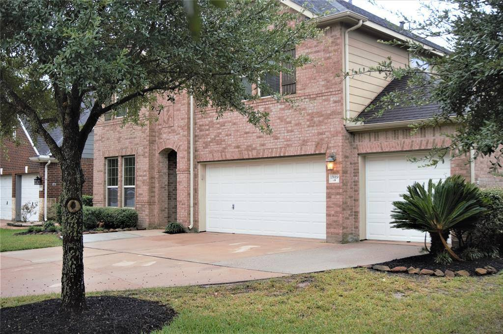 15919 Angler Bend Drive, Houston, TX 77044