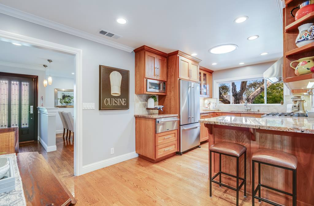 648 Cambridge Drive, Santa Clara, CA 95051