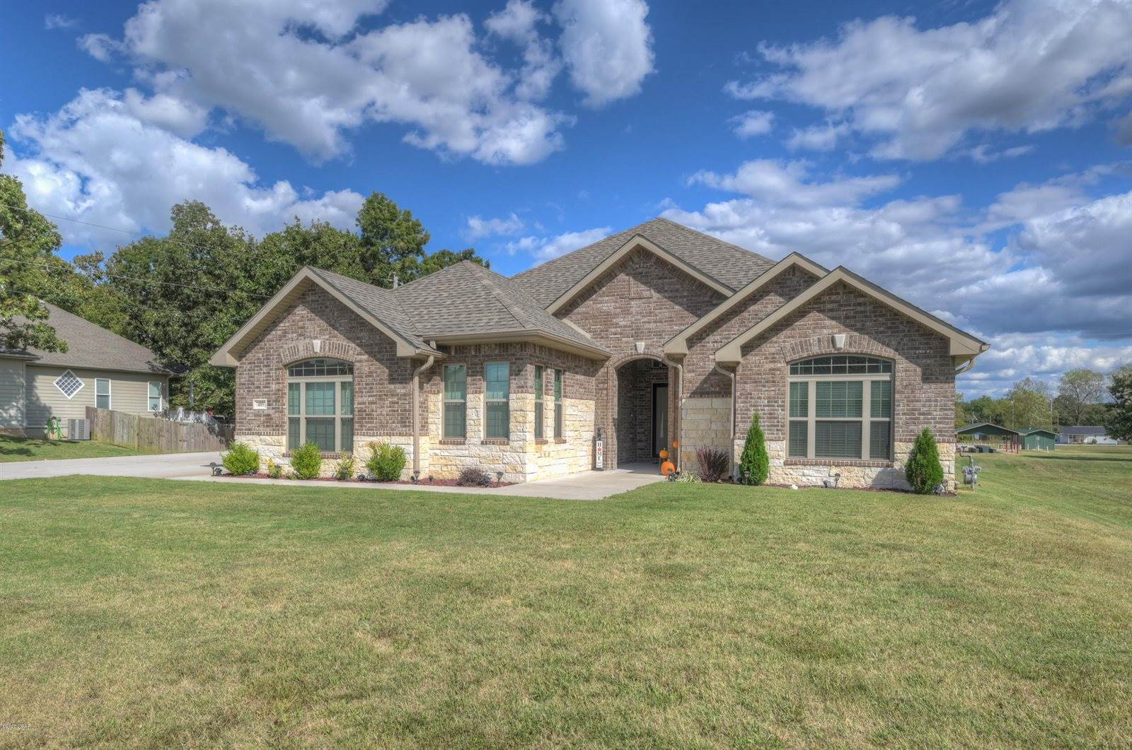 405 Anita Drive, Carl Junction, MO 64834