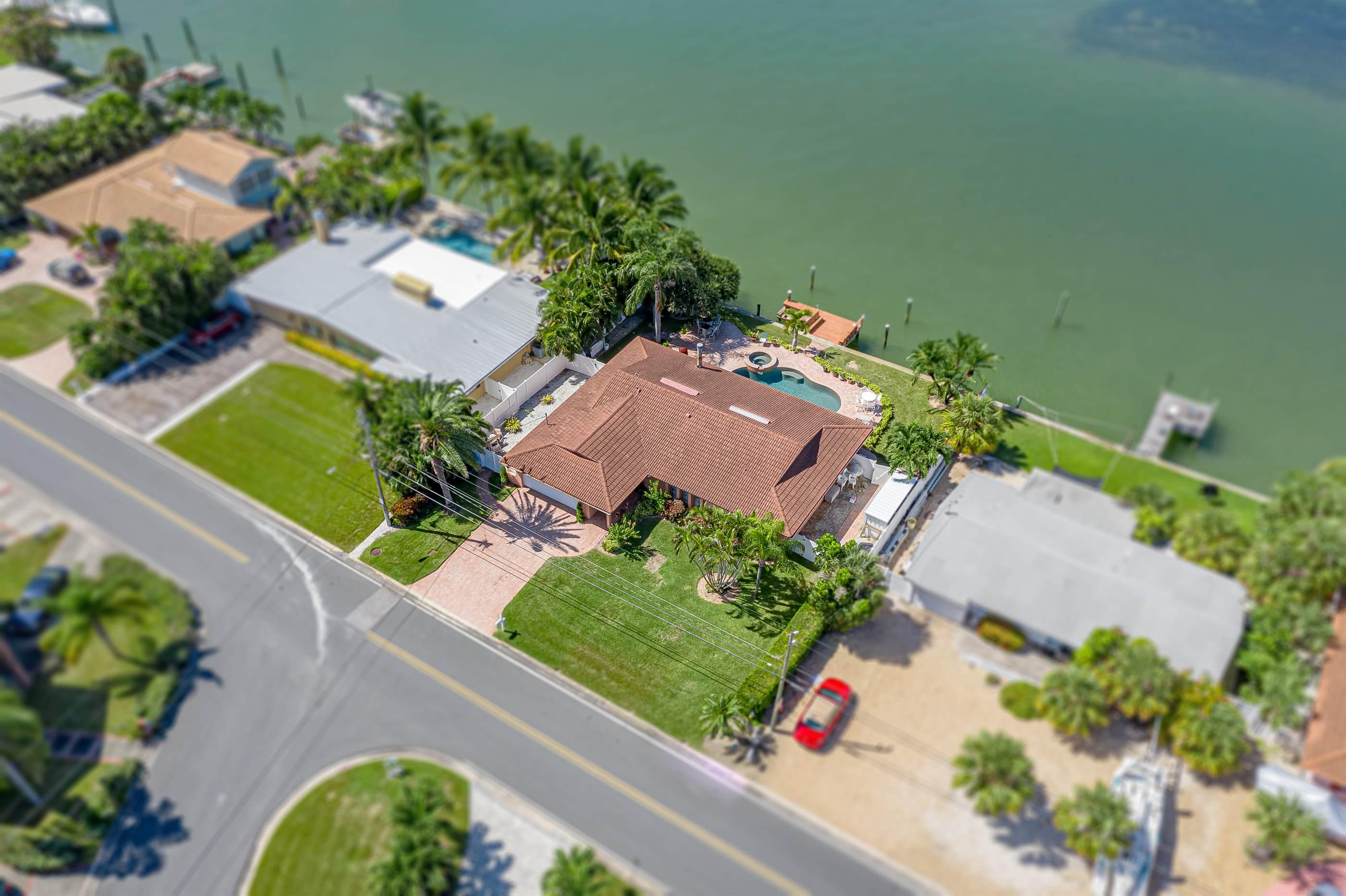 277 - 55th Ave, St. Pete Beach, FL 33706