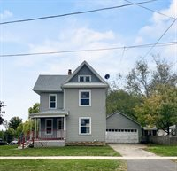 306 6th, Pecatonica, IL 61063