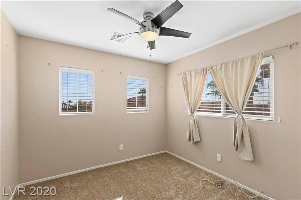 6741 Old Valley Street, Las Vegas, NV 89149