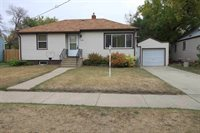 1122 7th Ave NW, Minot, ND 58703