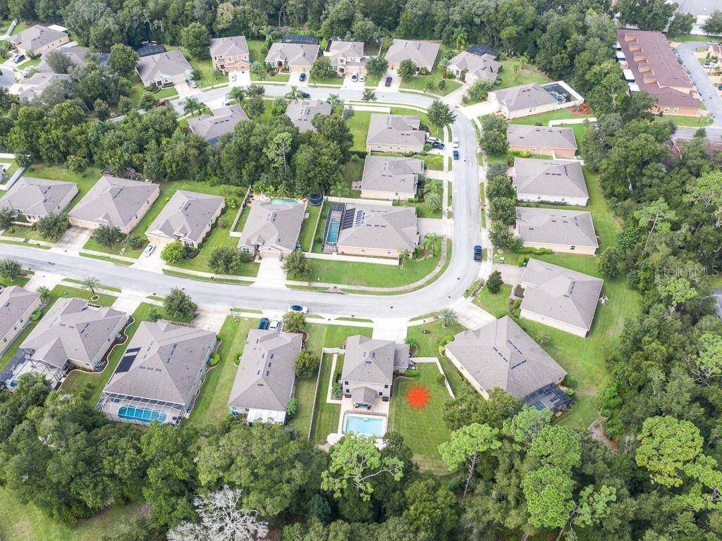 564 Morgan Wood Dr, Deland, FL 32724