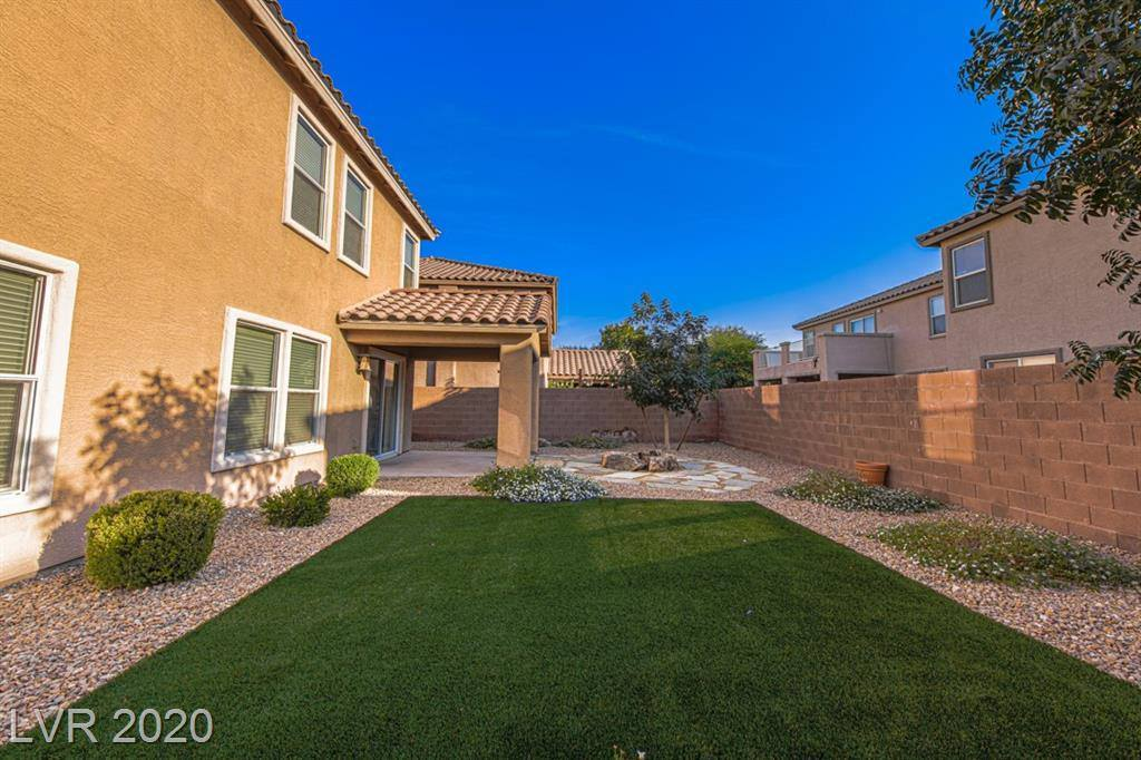 6655 Little Owl Place, North Las Vegas, NV 89084