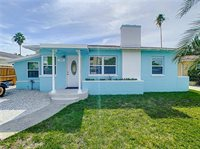 15424 2ND St East, Madeira Beach, FL 33708