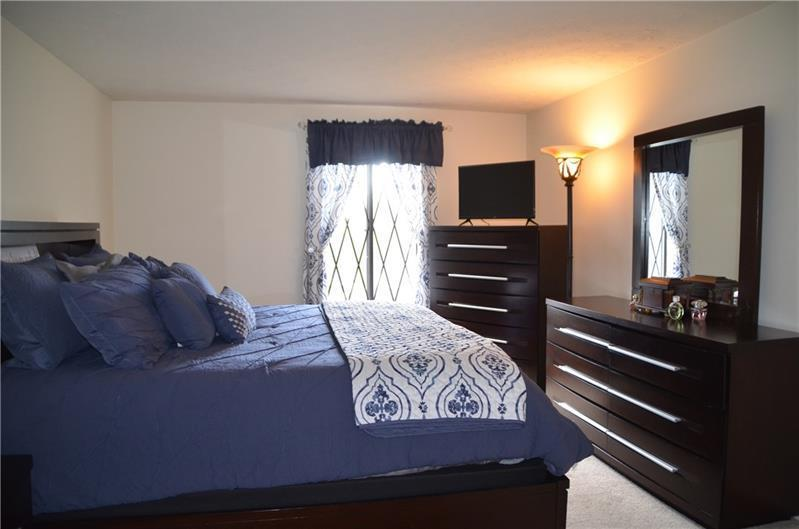 4717 Valleyfield Drive, Allison Park, PA 15101