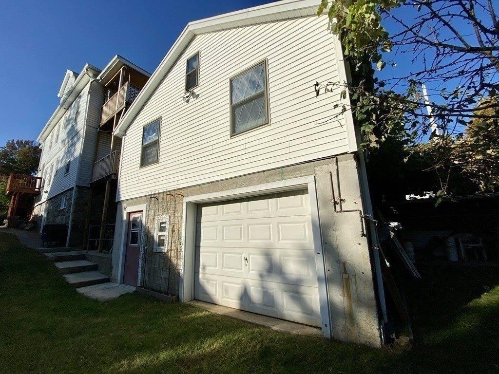 76 Grove St, Milford, MA 01757