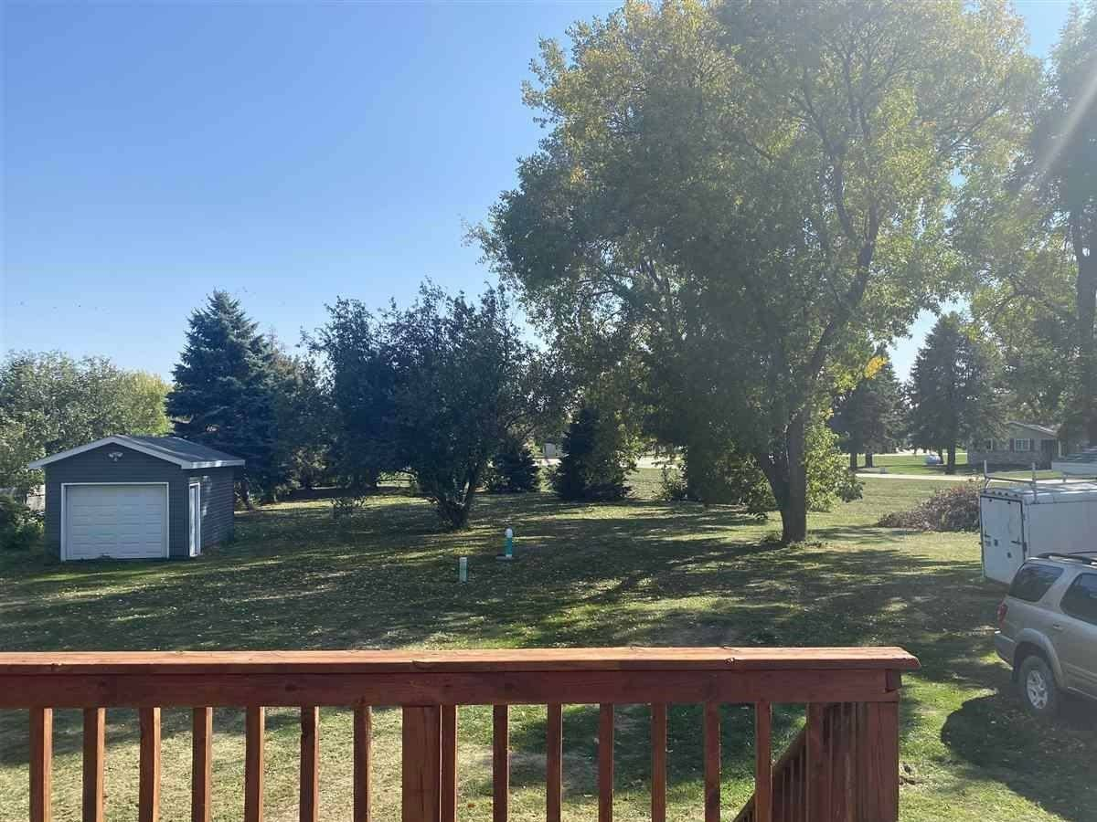 18 Lakeview Lane, Salix, IA 51052