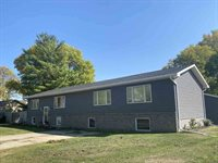 18 Lakeview Lane, Salix, IA 51052