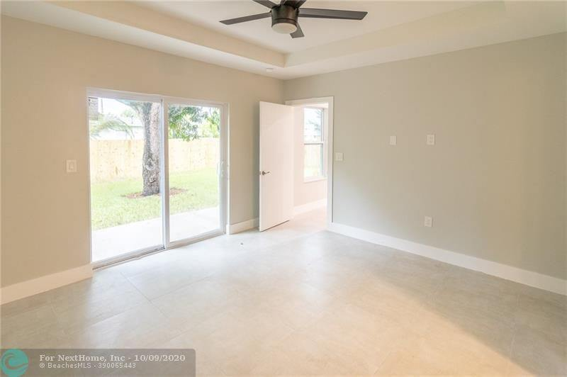 5240 NW 1st Ave, Oakland Park, FL 33309