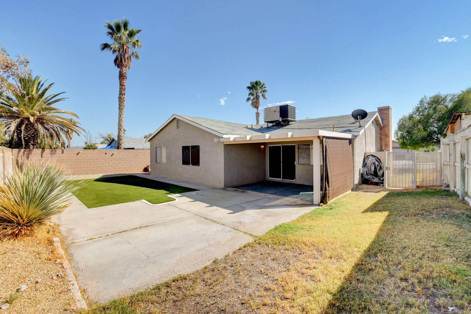 7006 Pinebrook Court, Las Vegas, NV 89147