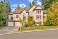 25660 Kimberly Dr, West Linn, OR 97068