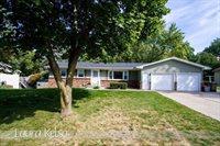 3084 Woodsboro Drive NE, Grand Rapids, MI 49525