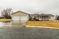 1018 Bayview Circle, Milford, KS 66514