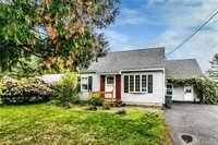 107 Kendall Drive West, East Syracuse, NY 13057