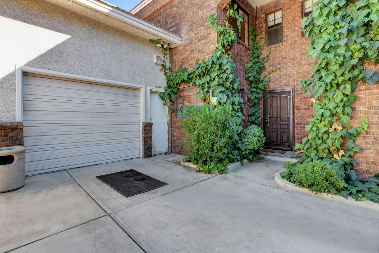 10 Hummingbird Lane, Henderson, NV 89014