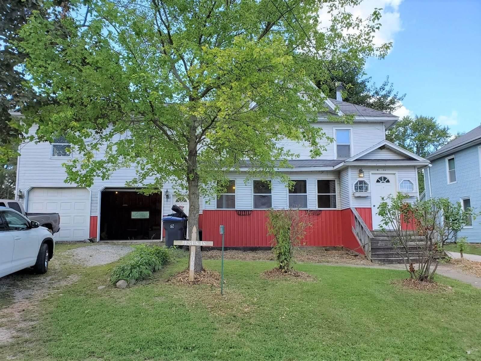 W3833 Jefferson St, Sullivan, WI 53178