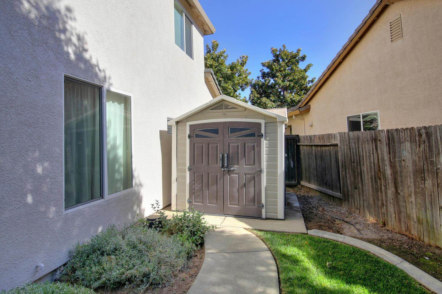 1877 Terracina Circle, Roseville, CA 95747