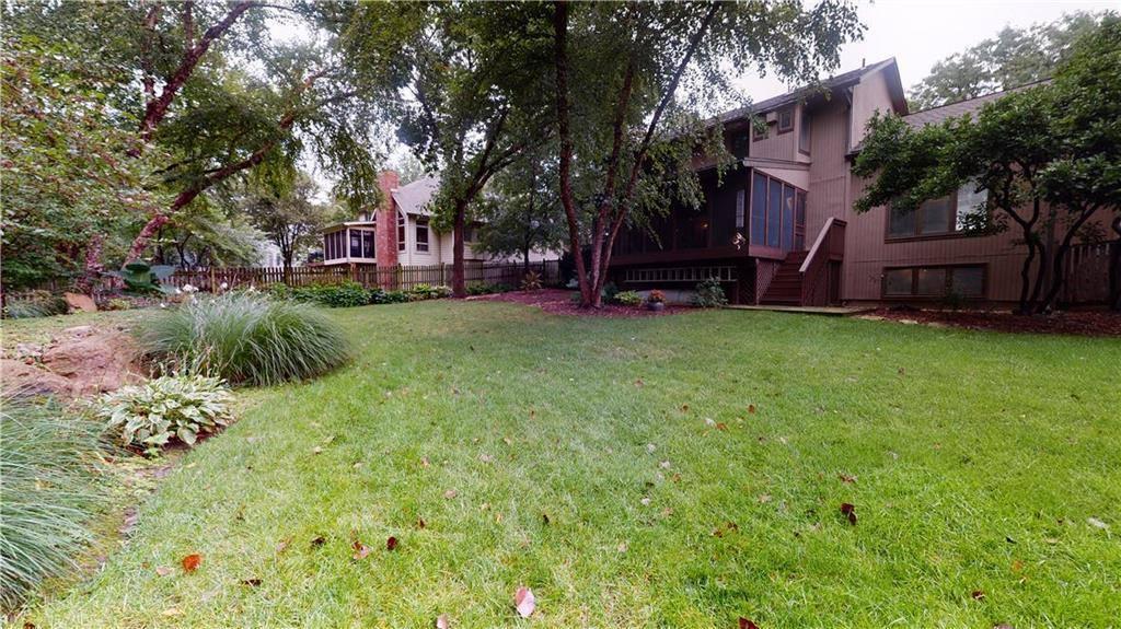 11277 Hadley Street, Overland Park, KS 66210