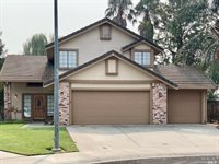 205 Joy Court, Dixon, CA 95620