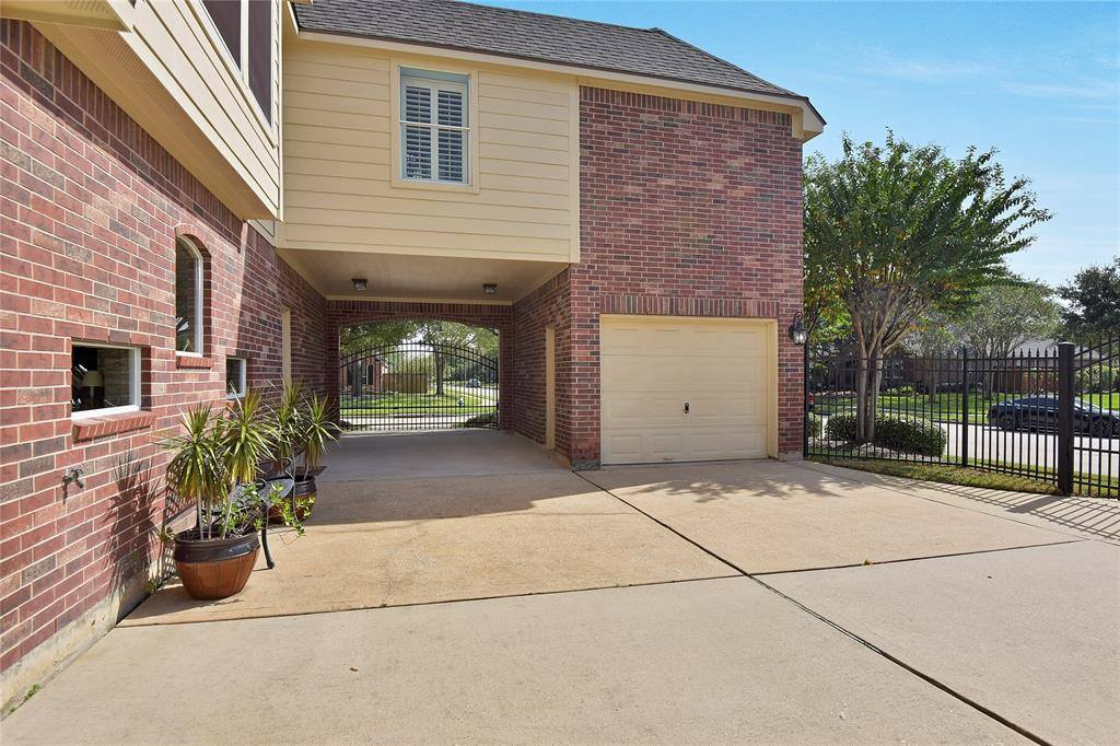 13903 Falcon Heights Drive, Cypress, TX 77429