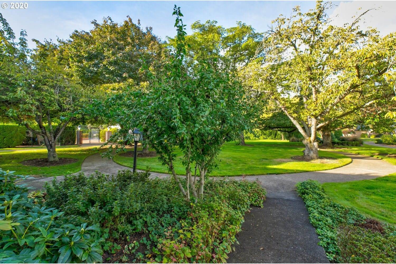 1594 NW 143RD Ave, Portland, OR 97229