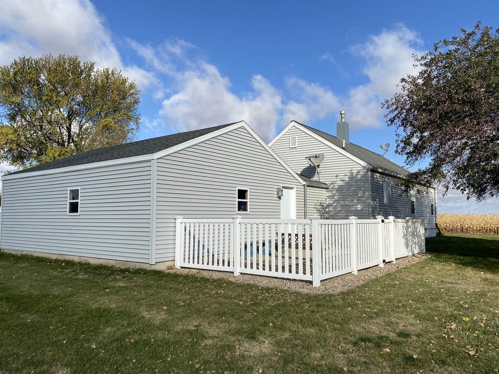 710 Ave D East, Lake Park, IA 51347
