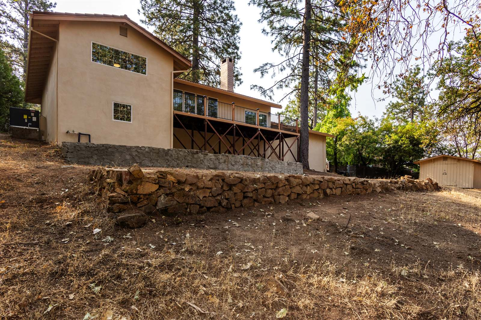1809 Country Club Dr, Placerville, CA 95667