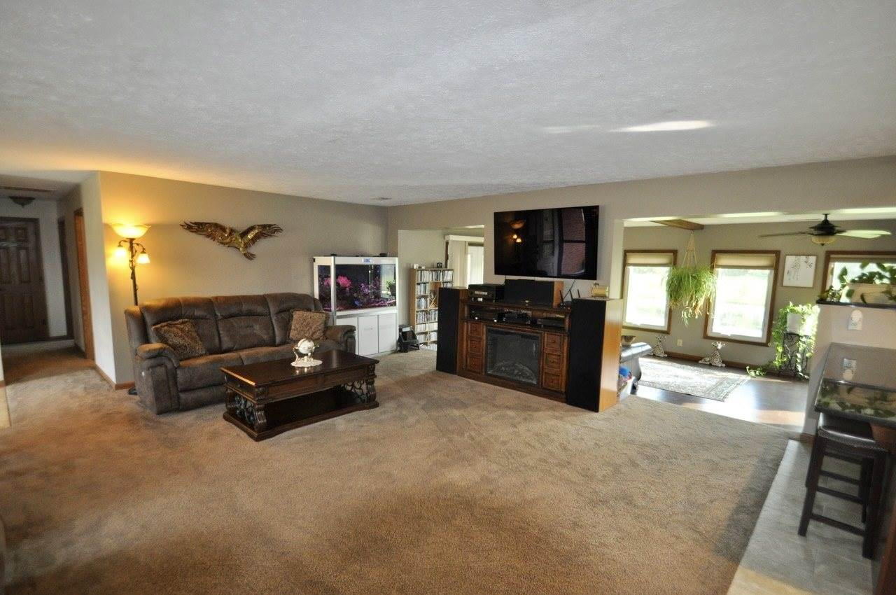 8740 E 750 S, Upland, IN 46989