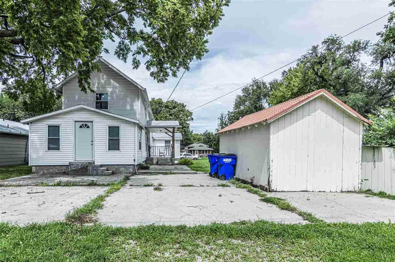 611 W 12th Street, Junction City, KS 66441