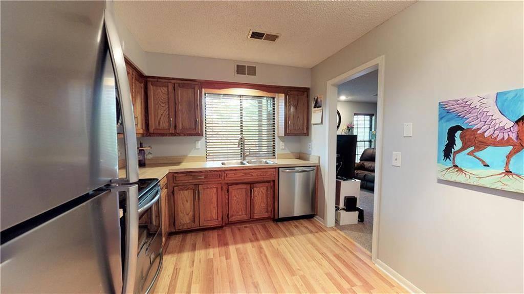 12622 West 110th Terrace, Overland Park, KS 66210