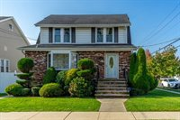 204 E Harriet Ave, Palisades Park, NJ 07650