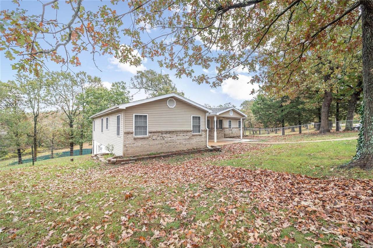 10612 Highway 17, Crocker, MO 65452