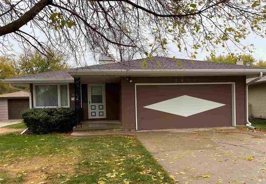 2832 S Cornelia, Sioux City, IA 51106