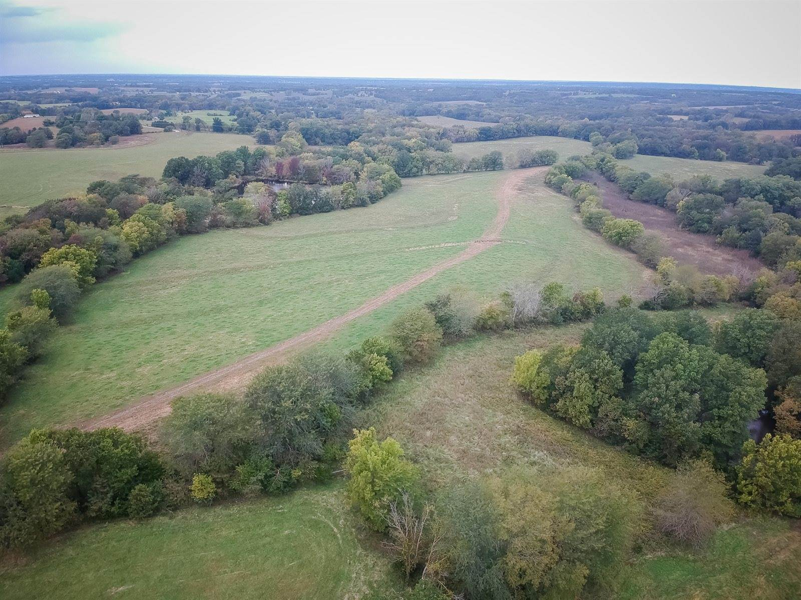 8501 North Route J, Rocheport, MO 65279