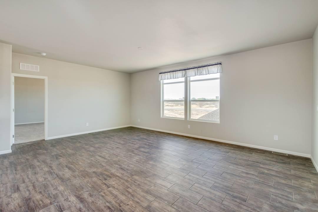 28259 N. Varnum Rd, San Tan Valley, AZ 85143
